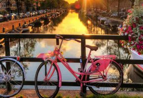 4 cities to explore by bike